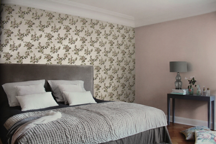 sheen bedroom wallpaper with heather flowers