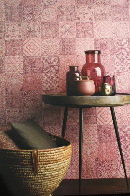 pink and maroon tiled feature wallpaper